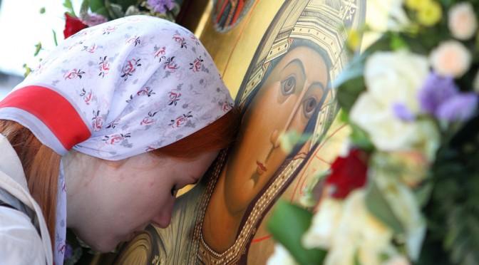 Почему в Православии утвердилось иконопочитание? Протоиерей Олег Стеняев(Відео+)